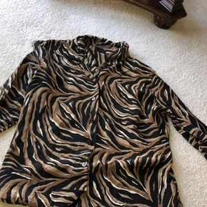Soft light weight classy stripped blouse